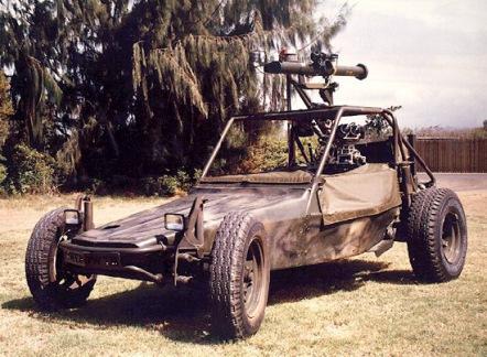 La versione comandata a distanza testata dall'US Marine Corps. Per maggiori info su questo veicolo visitate: http://www.spawar.navy.mil/robots/land/dbuggy/dbuggy.html